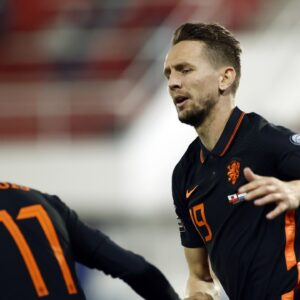 オランダが大量7得点で2連勝