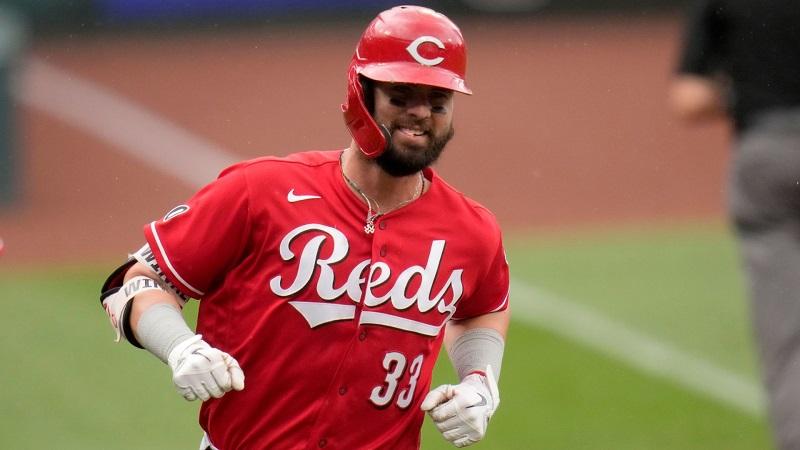 ウィンカー今季2度目の3本塁打 秋山2安打で打率.205
